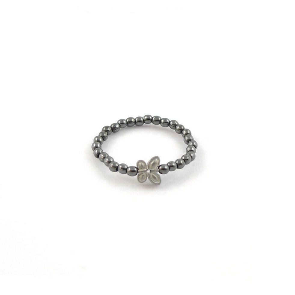 pierścionek z motylem hematyt